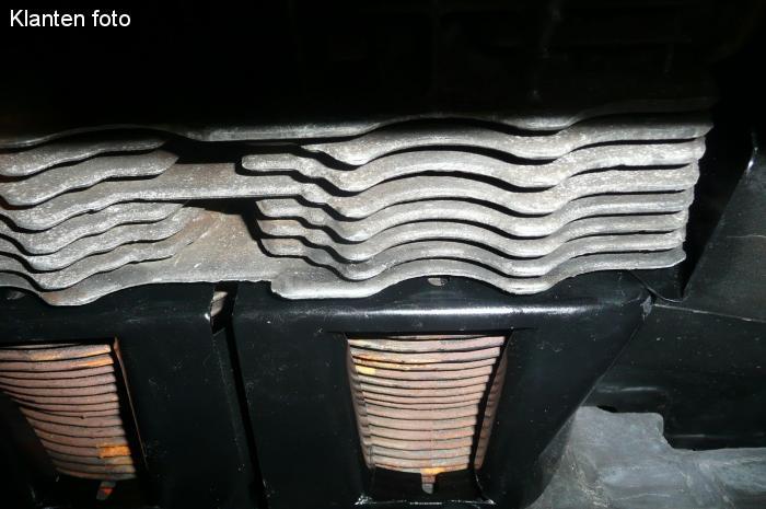 Krycí plechy válců spodní/černé - Typ 1/3/CT/CZ motory (1961 »)