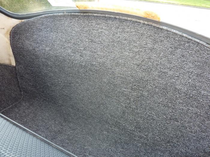 Koberce zavazadlového prostoru zadní/šedé - Typ 1 (1964 » 72)