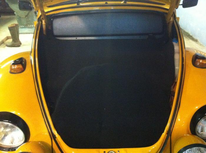Koberec zavazadlového prostoru/černý - Typ 1 (1967 » 03)