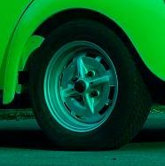 Krytky kol sport/černo/stříbrné/VW logo/4ks - Typ 1/3/14 (1967 »)