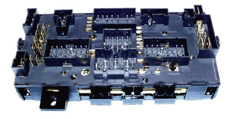 Blok pojistkový/relé - Typ 25/Golf/Scirocco (1982 » 92)