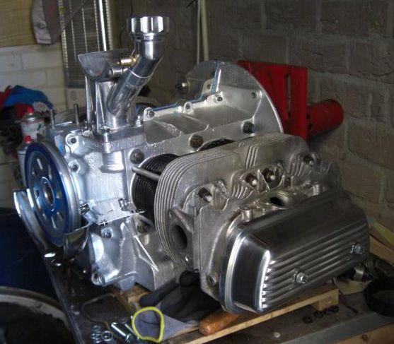 Víka ventilů Alu/pevná - Typ 1/3/CT/CZ/WBX motory (1960 » 03)