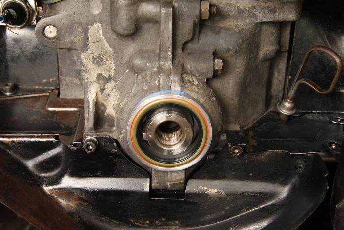 Řemenice klikové hřídele+pouzdro+gufero/Alu - Typ 1 motor (1960 »)