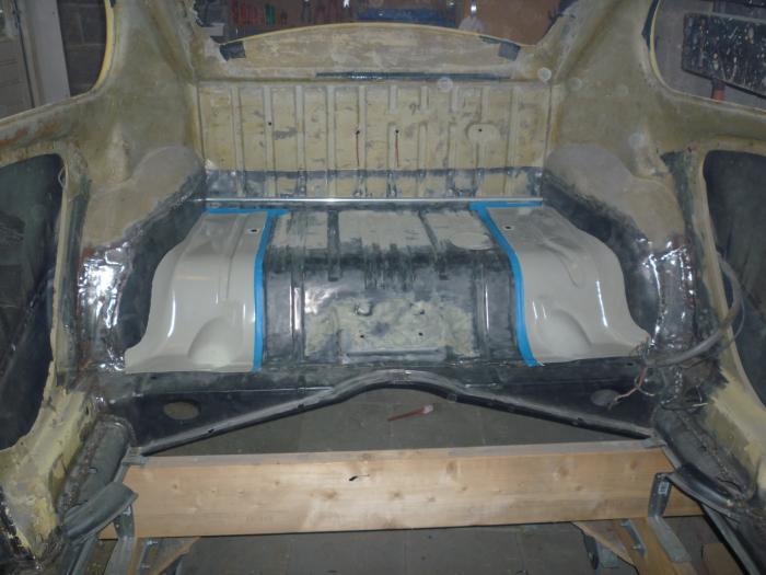Panel zadní/vnitřní část L - Typ 1 (» 2003)